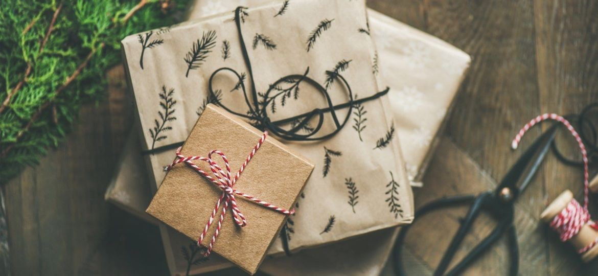 Stylish Nautical Gifts for Sea Lovers