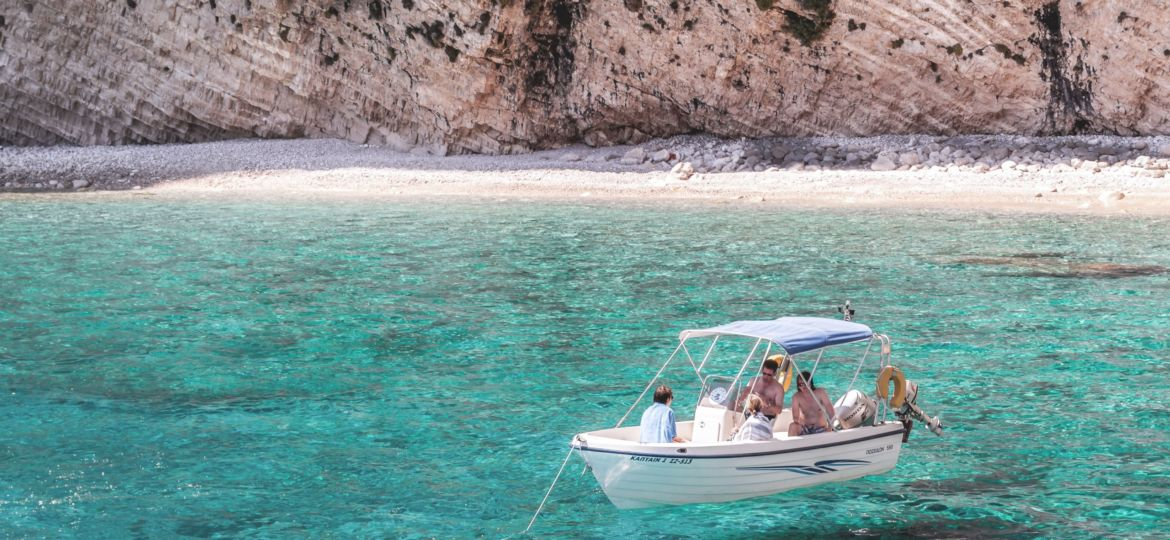 Boat Holidays in Ibiza: Which Yacht is Right For You?