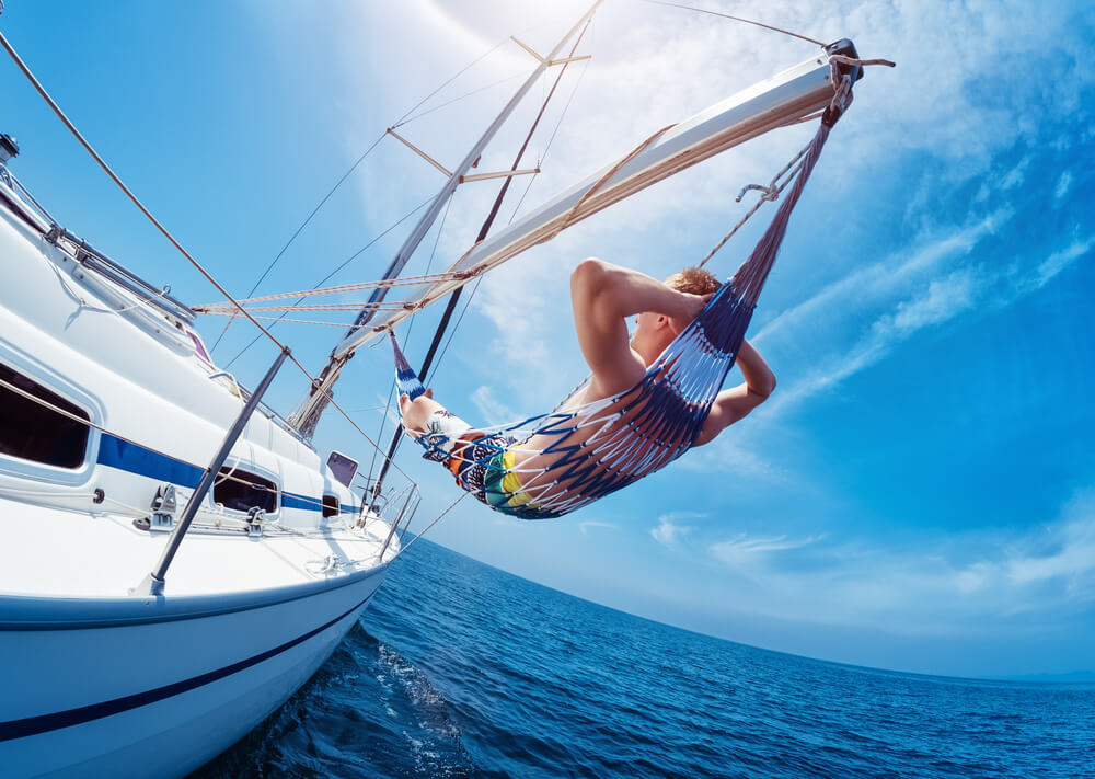 reasons to charter a boat relax boating